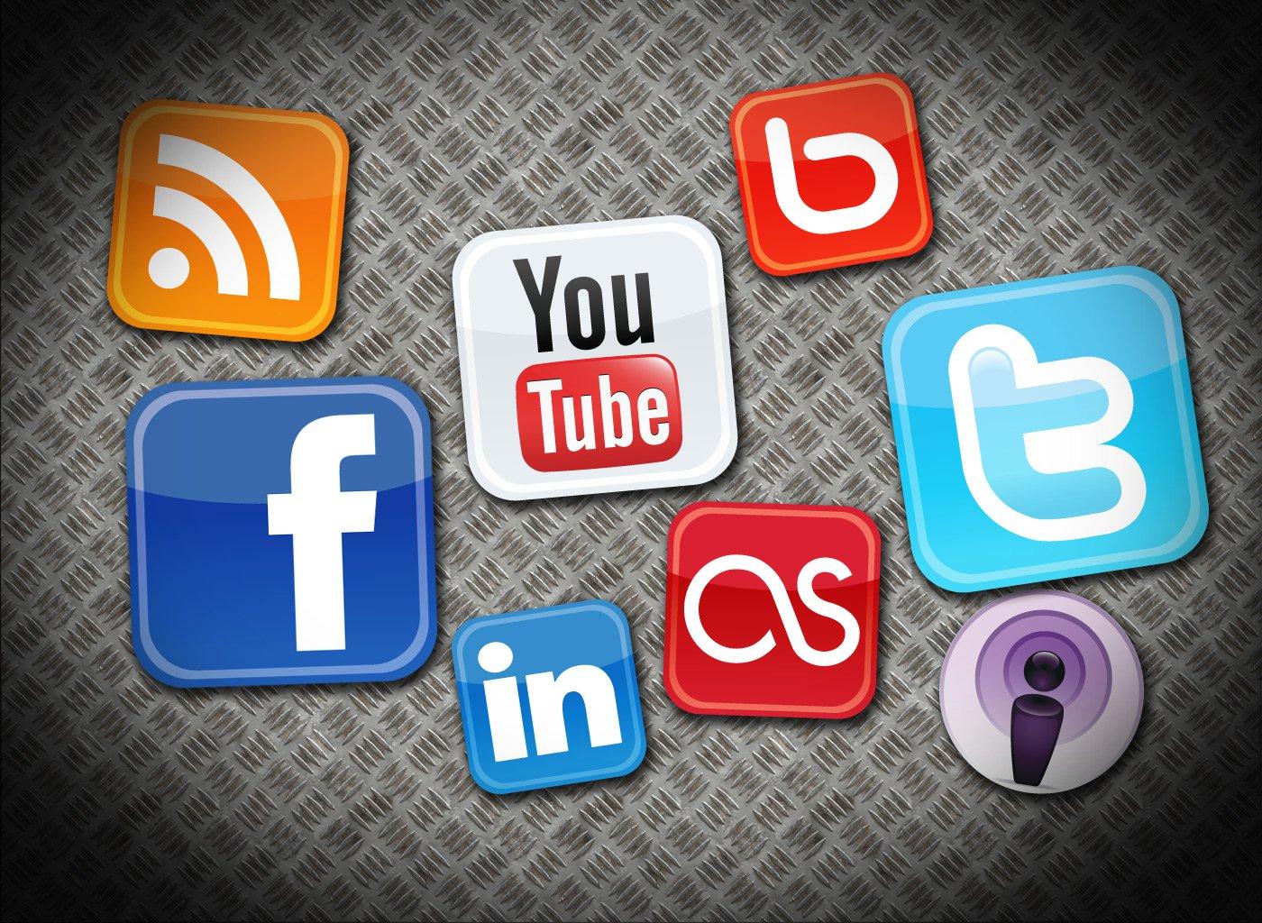 redes sociales promocionar página web